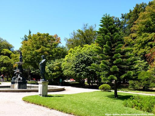 Jardines del palacio de cristal el pulm n verde de oporto for Jardines del palacio de cristal oporto