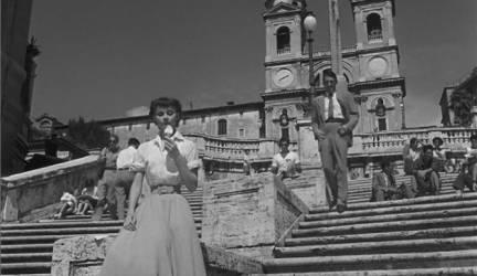 vacaciones-en-roma-1953-audrey-hepburn-en-plaza-de-espana